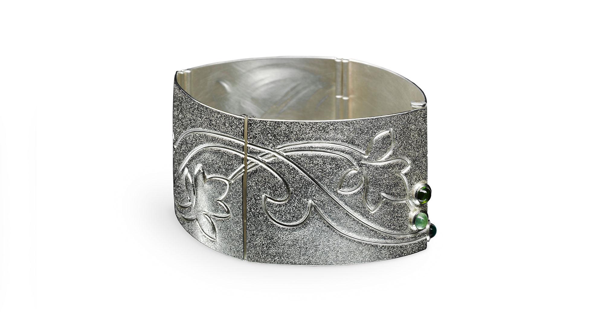 03 Armband Blütenrelief 925 Silber, Turmaline